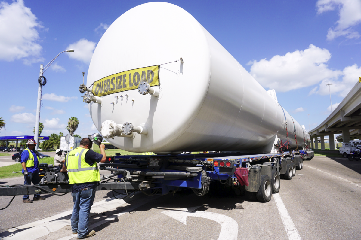 SpaceX LOX Tank en route to Boca Chica