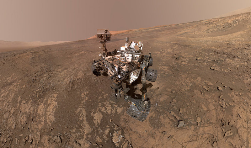 Curiosity Rover on Vera Rubin Ridge